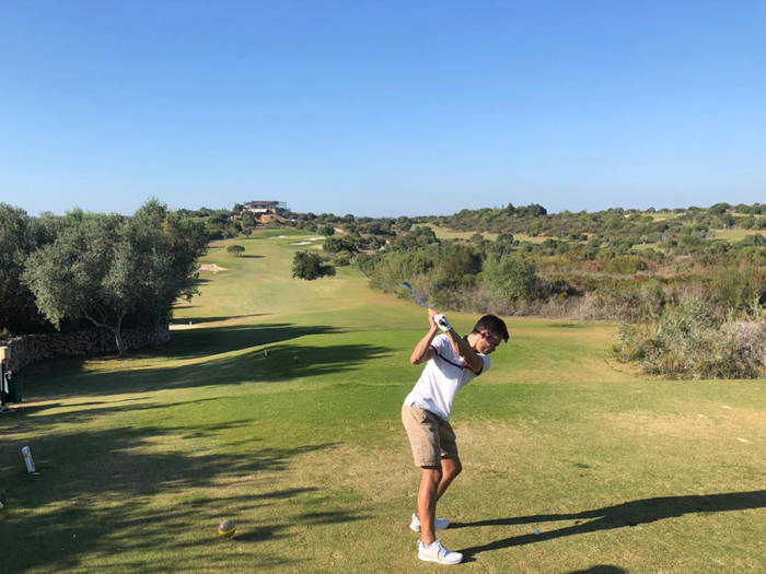 Espiche golf course hitting form the tee